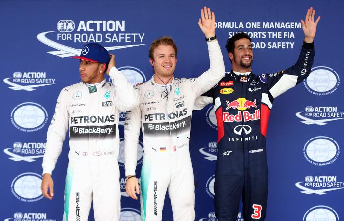 """Хэмилтон стал трехкратным чемпионом мира в гонке """"Формулы-1"""" в США"""