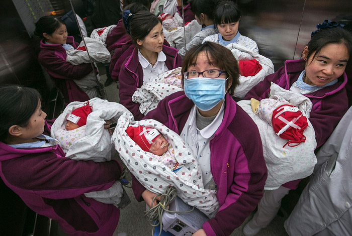 Власти Китая разрешили семьям заводить по два ребенка
