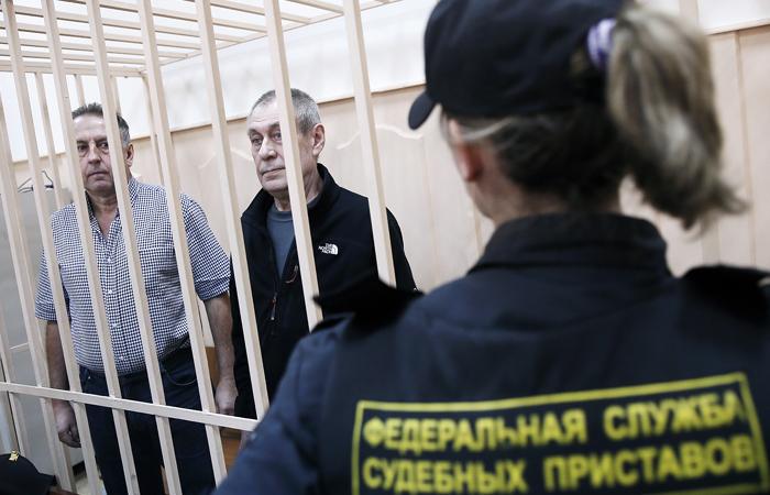 Для обвиняемых в аварии в метро Москвы потребовали от 5,5 до 6,5 лет