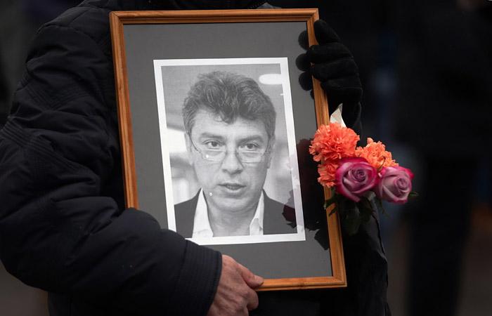 ПАРНАС попросила СК признать ее потерпевшей из-за убийства Немцова