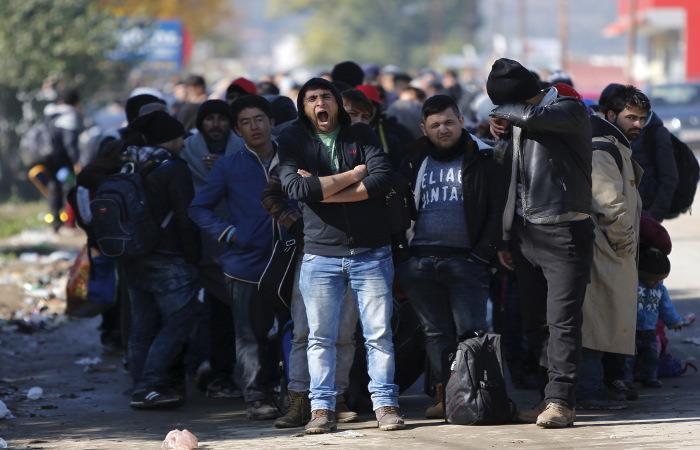 Греки устроили беспорядки на границе с Турцией