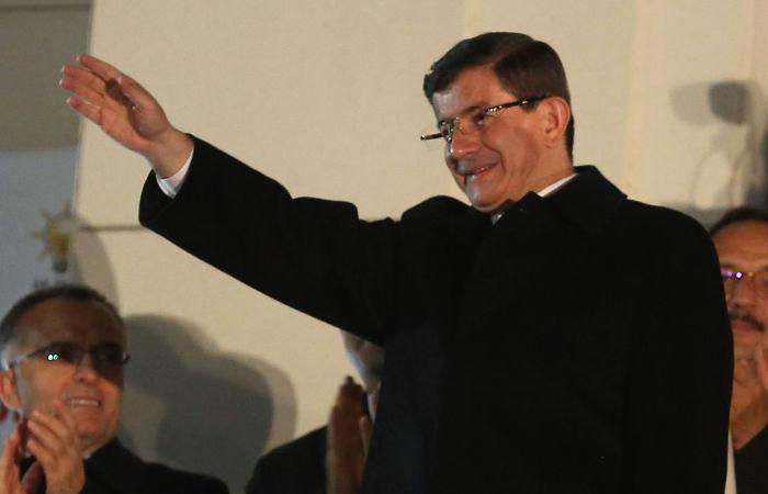 Премьер Турции объявил о победе на выборах правящей партии