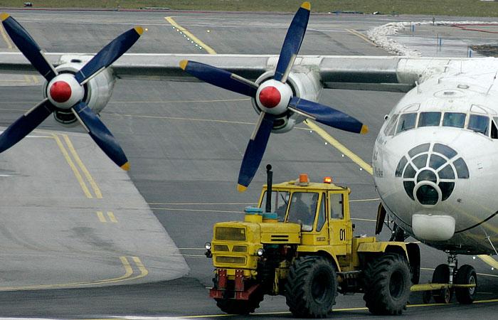 СМИ сообщили о крушении Ан-12 с российским экипажем в Южном Судане