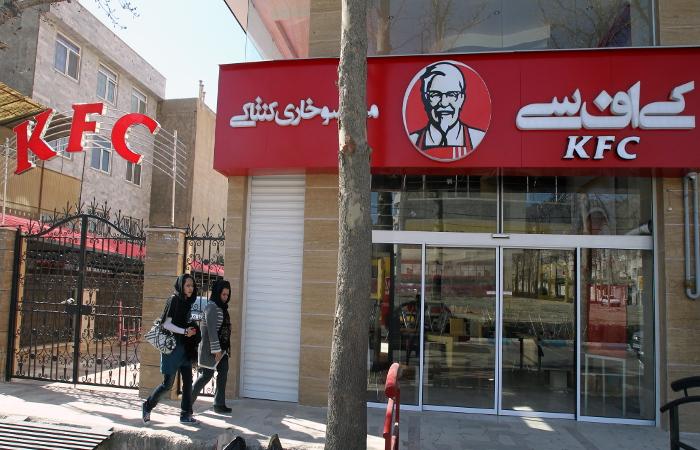 В Тегеране ресторан KFC закрыли на второй день работы