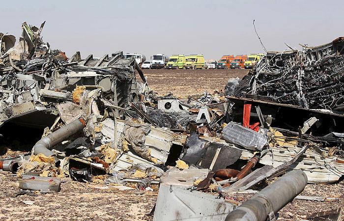 Спасатели обнаружили на месте крушения A321 новые останки погибших