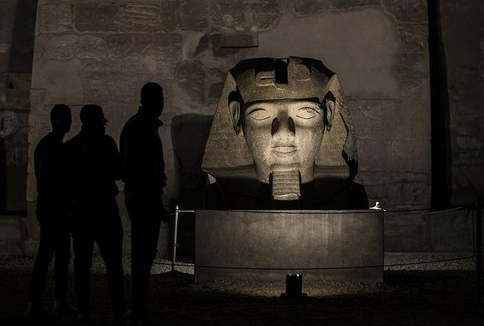 Египет для привлечения туристов открыл еще три гробницы в Луксоре
