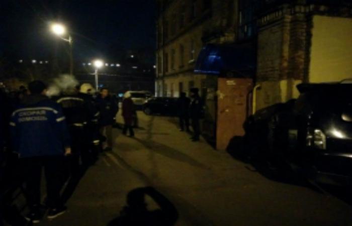 После обрушения балки в жилом доме в Подмосковье эвакуировано 110 человек