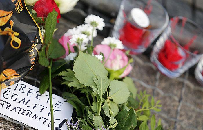 Париж пережил самый крупный теракт за свою историю