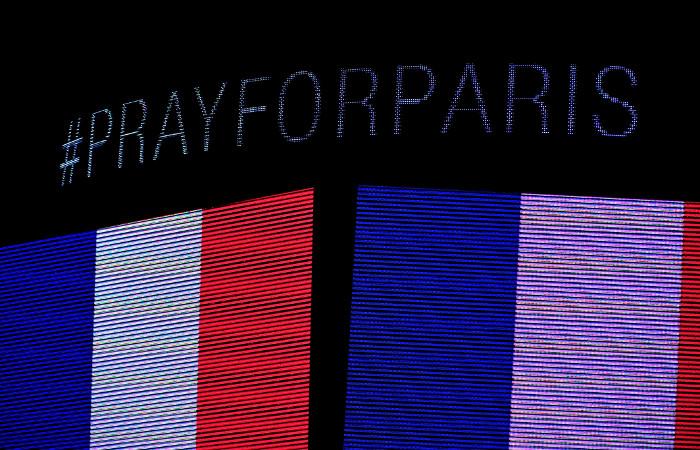 Парижская полиция идентифицировала тела еще двух террористов