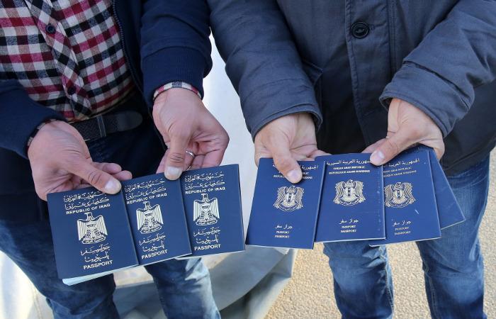 Швеция продлила пограничный контроль до середины декабря