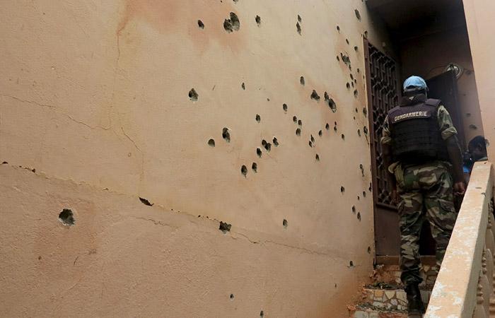 Посольство РФ в Мали не исключило присутствия россиян в захваченном отеле