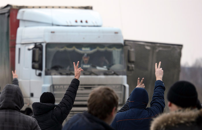 У Азербайджана начались проблемы с экспортом в РФ из-за протестов дальнобойщиков