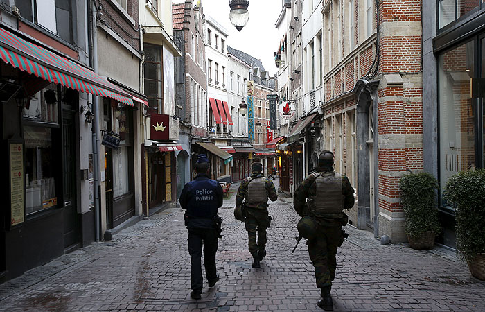 В Бельгии 10 человек заподозрили в подготовке терактов по парижскому сценарию
