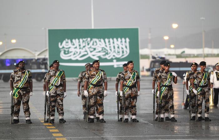 Саудовский суд приговорил к смерти художника за критику исламских традиций