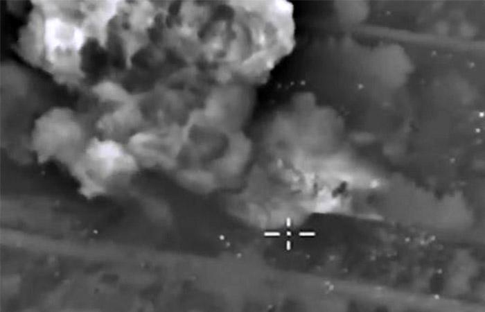 СУ-34 уничтожили в Сирии несколько нефтяных объектов ИГ