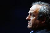 В ФИФА захотели пожизненного отстранения Платини от футбола