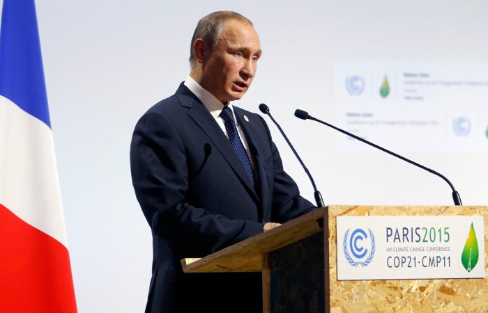 Путин связал инцидент с российским Су-24 с поставками нефти ИГ в Турцию