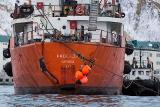 Откачка топлива с аварийного танкера близ Невельска прервана из-за плохой погоды