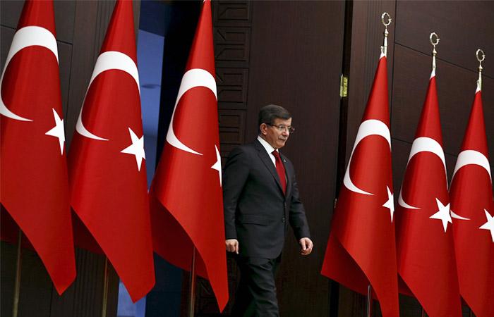 Премьер Турции предложил России восстановить каналы связи между военными