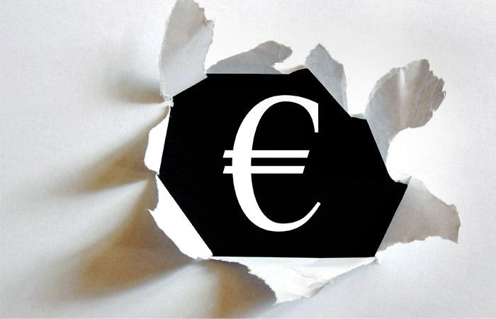 Евро превысил отметку 72 рубля