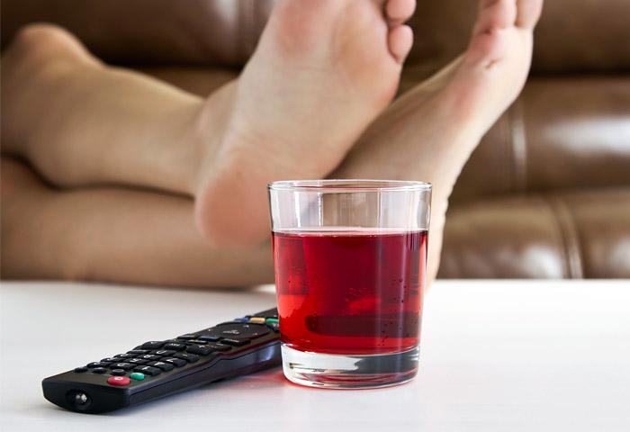 Длительное исследование подтвердило отупляющий эффект телевидения
