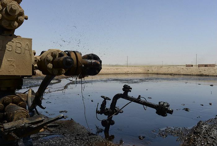 Минобороны РФ сочло заявления США по нефти ИГ покровительством контрабанде