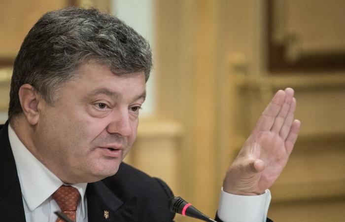 Порошенко одобрил восстановление ЛЭП для энергоснабжения с Крымом
