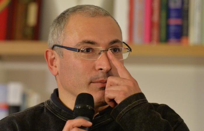 Следователи вызвали на допрос Ходорковского в качестве обвиняемого в заказном убийстве