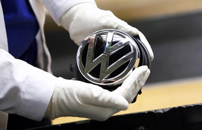 "Volkswagen резко снизил количество затронутых ""дизельным"" скандалом машин"