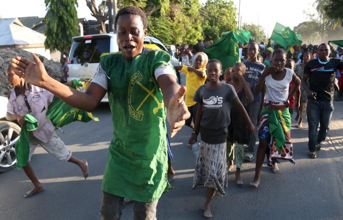 Президент Танзании пообещал сплотить население уборкой улиц