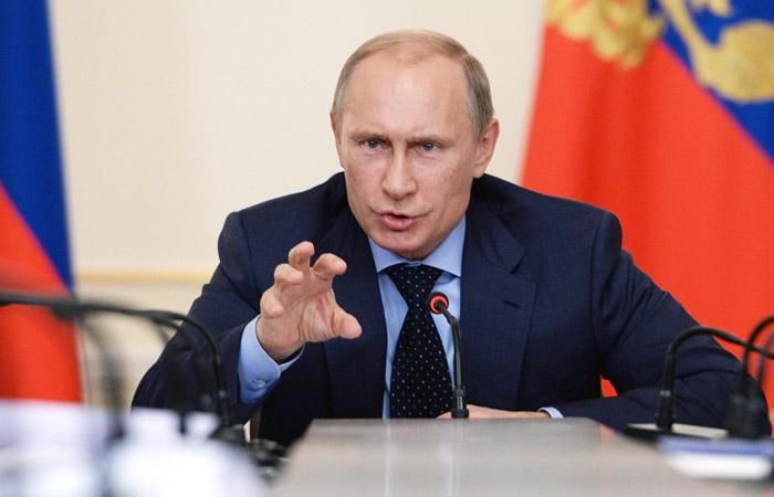 Путин приказал уничтожать угрожающие российской авиагруппе в Сирии цели