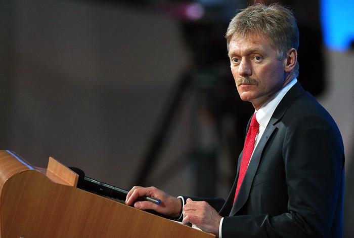 """Песков пообещал детальный ответ Путина на вопрос о """"Платоне"""""""