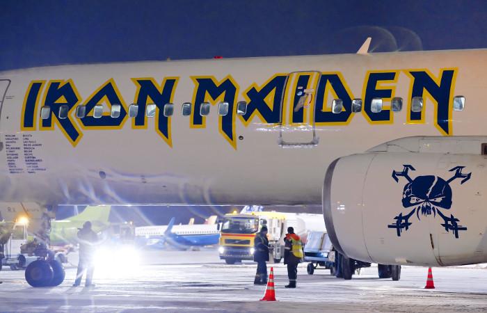 Экс-вокалист Iron Maiden анонсировал выступление в Крыму