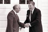 Рейган читал шпионские романы для подготовки к переговорам с СССР