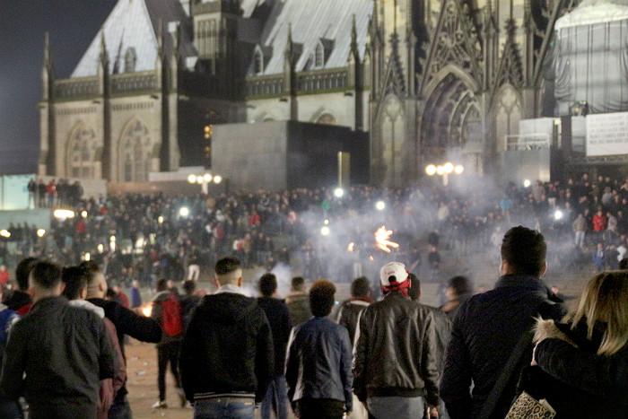 СМИ узнали о планах мигрантов устроить в Хельсинки кельнскую акцию