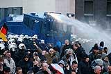Полиция Кельна разогнала акцию сторонников антиисламского движения