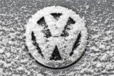 Продажи автомобилей Volkswagen упали в 2015 году впервые за 13 лет