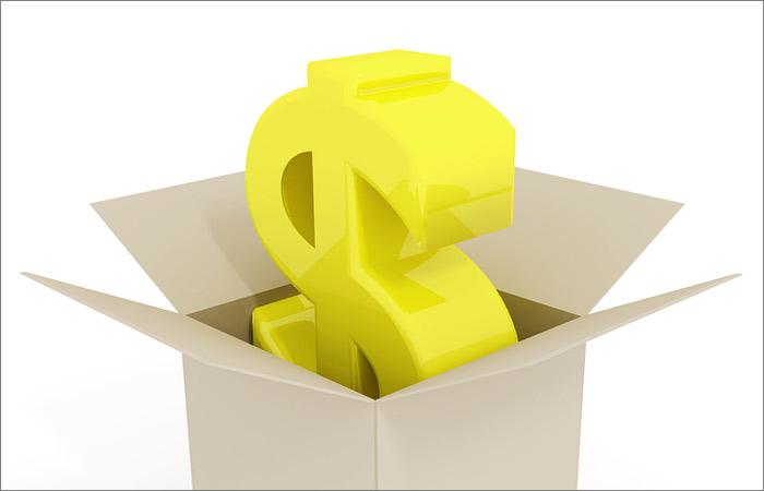 Доллар превысил при открытии торгов 77 рублей