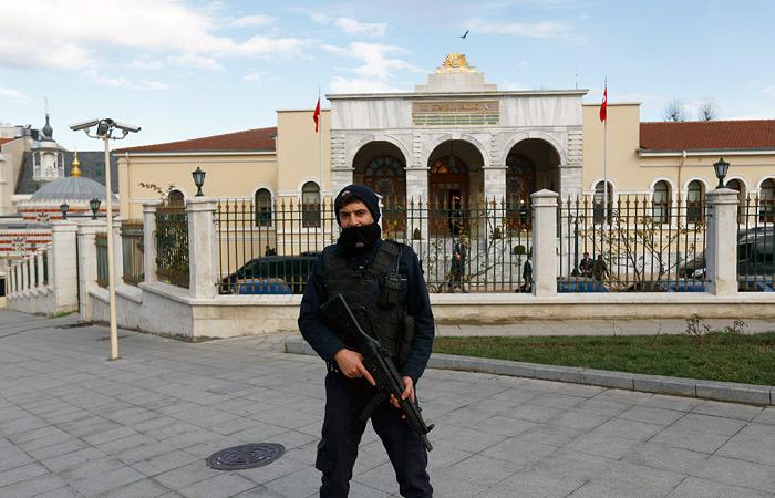 Задержанные в Турции россияне отказались общаться с представителями РФ
