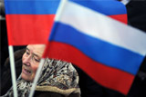 Обвал рубля и нефти перестали волновать россиян