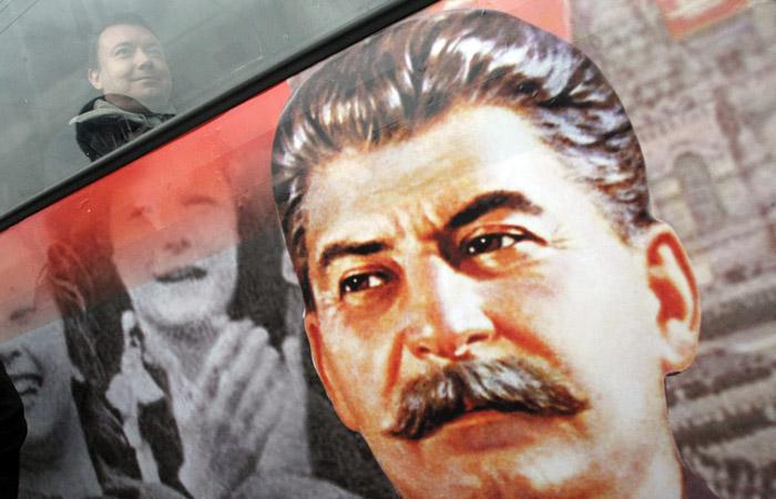 Личность Сталина стала более притягательной для россиян