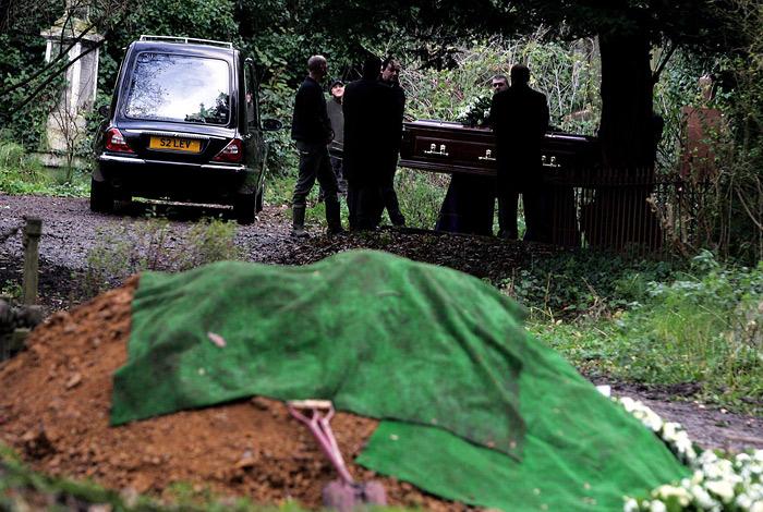 Лондон пообещал дать жесткий ответ Москве в связи с расследованием гибели Литвиненко