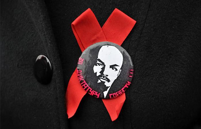 В КПРФ восприняли критику Путина в адрес Ленина как аллегорию
