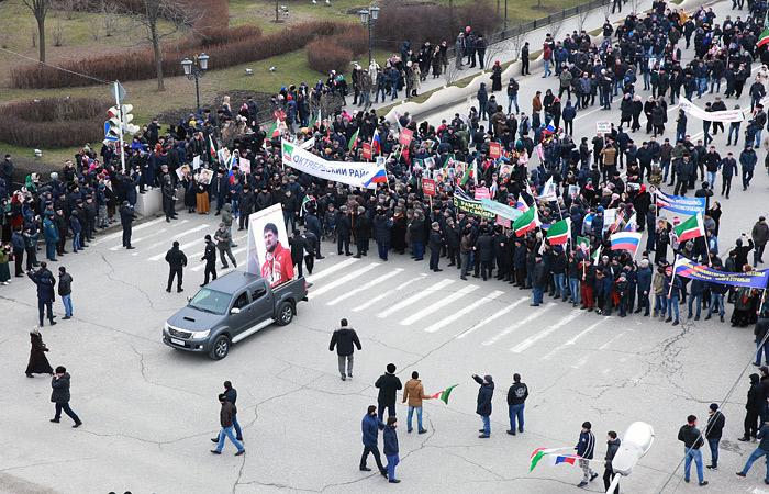 Митинг в поддержку Кадырова в Грозном завершился без происшествий