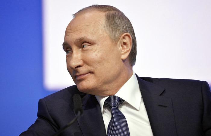 В Кремле назвали вымыслом и клеветой заявления об участии Путина в коррупции