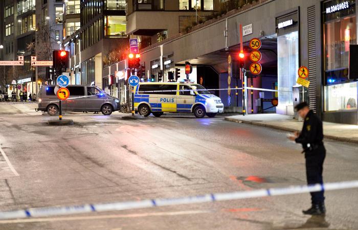 Взрыв произошел в одном из торговых центров Стокгольма