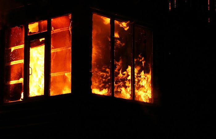 Чайка взял на контроль дело о поджоге коллектором дома семьи должников