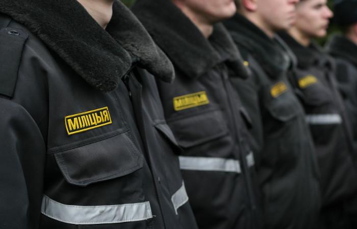 Белорусские приставы и ГАИ начали изымать машины должников на дорогах