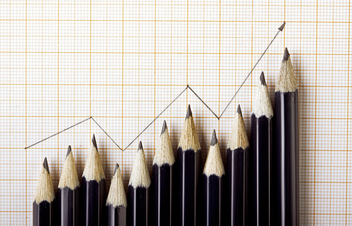 Аналитики предрекли рост нефтяных цен на 50% к концу года