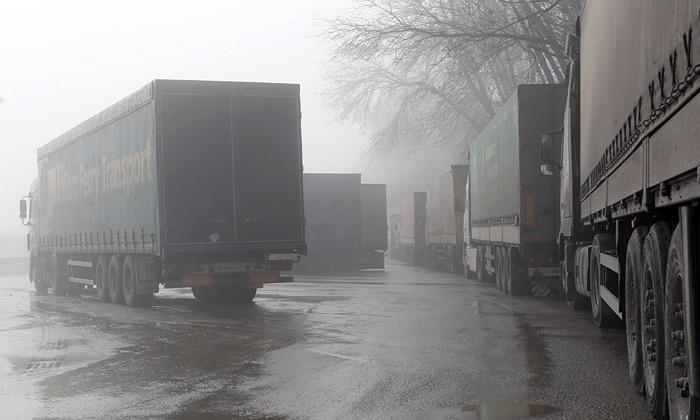 Украина и Россия договорились о взаимном возврате грузовых автомобилей